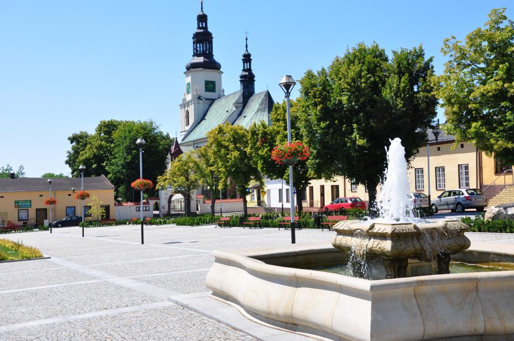 Fontanna na rynku w Krzepicach